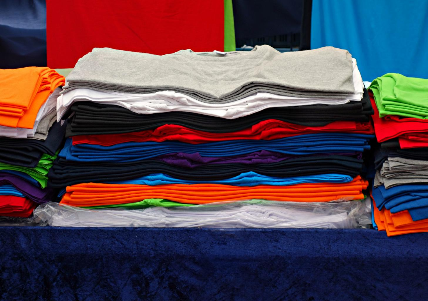 barevná trička